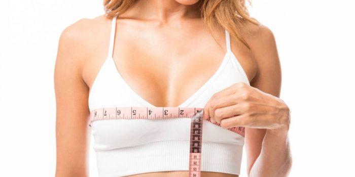 Poitrine généreuse : astuces pour faire grossir les seins
