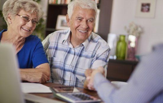 Prix moyen mutuelle senior : montants et précautions à prendre